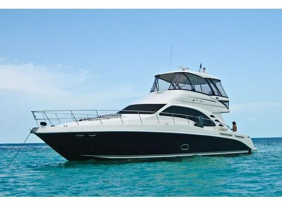 ride a boat in lauderdale rent for a tour